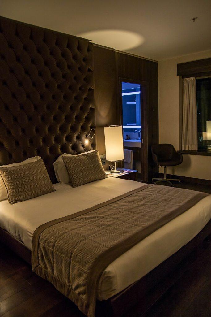 Die Lage des Hotels ist sehr gut, die Zimmer sind sehr sauber und sauber. Porno Disney
