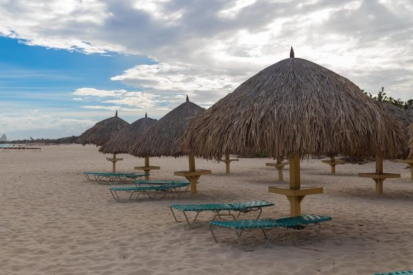 Palapas am Eagle Beach Aruba