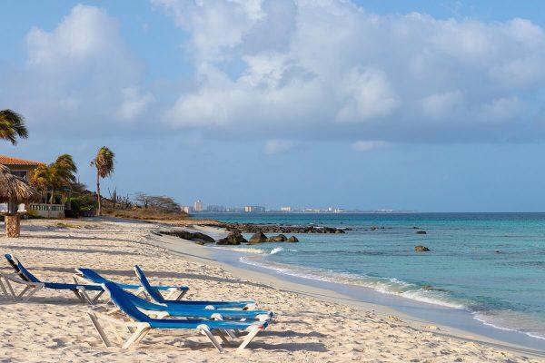 Liegen am Arashi Strand Arashi Beach Aruba