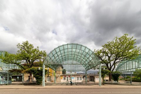 Bahnhosvorplatz von Endersbach